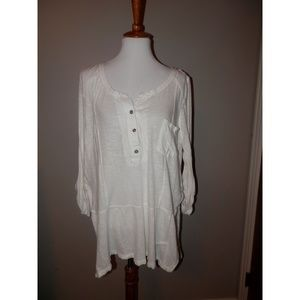 WE THE FREE PEOPLE Top Large White Split Sides